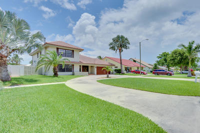 Boca Raton Single Family Home For Sale: 291 Country Club Boulevard