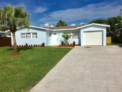 Palm Beach Gardens Single Family Home For Sale: 327 Azalea Street