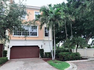 Boca Raton FL Townhouse For Sale: $674,000