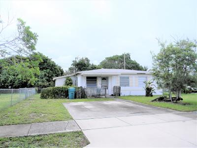 Boynton Beach Single Family Home For Sale: 1430 NW 1st Court