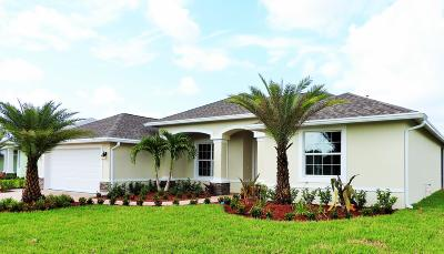 Port Saint Lucie Single Family Home For Sale: 376 SW Vista Lake Drive