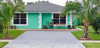 West Palm Beach Single Family Home For Sale: 1446 Summit Run Circle