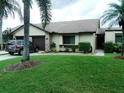 Royal Palm Beach Single Family Home For Sale: 120 Village Walk Drive