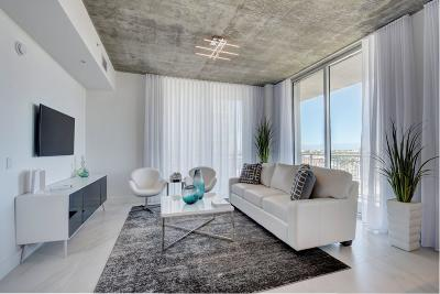 West Palm Beach Condo For Sale: 300 S Australian Avenue #805