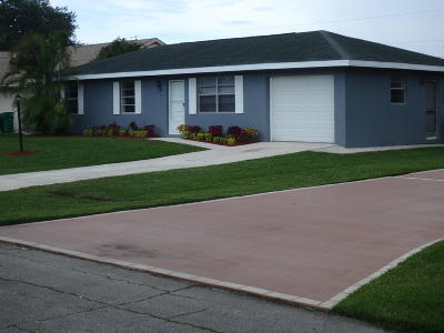 Port Saint Lucie Single Family Home For Sale: 512 SE Sunnybrook Terrace