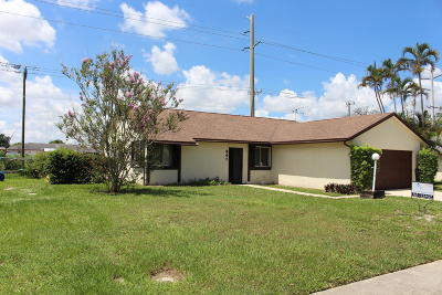 West Palm Beach Single Family Home For Sale: 447 Foresta Terrace