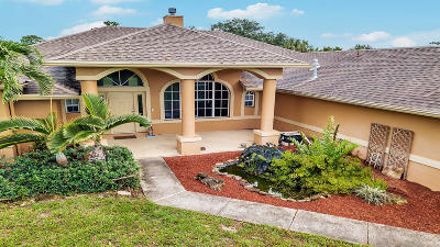 West Palm Beach Single Family Home For Sale: 945 66th Terrace Street S