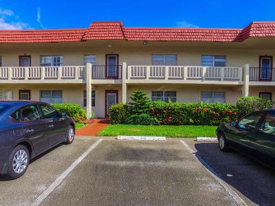 Delray Beach Condo For Sale: 2 Abbey Lane #106