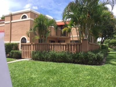 Boca Raton Townhouse For Sale: 8062 Severn Drive #B