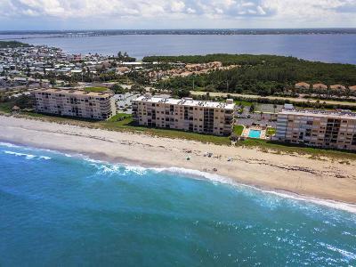 Jensen Beach Single Family Home For Sale: 10200 S Ocean Drive #403