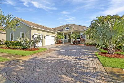 Vero Beach Single Family Home For Sale: 7560 S Village Square