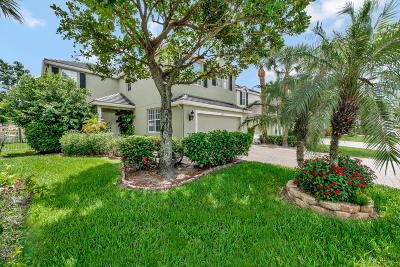 Royal Palm Beach Single Family Home For Sale: 152 Kensington Way