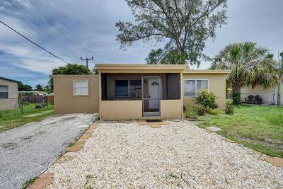 Lake Worth Single Family Home For Sale: 3770 Seacrest Boulevard