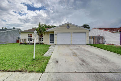 Lake Worth, Lakeworth Single Family Home For Sale: 5035 E Canal Circle
