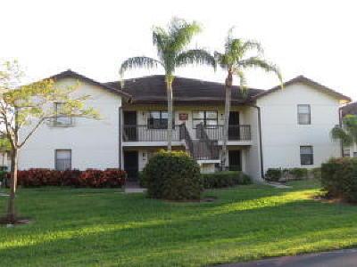 Lake Worth Condo For Sale: 7658 Tahiti Lane #203