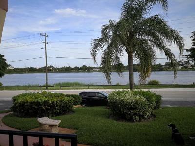 Lake Worth Condo For Sale: 302 Lake Osborne Drive #3