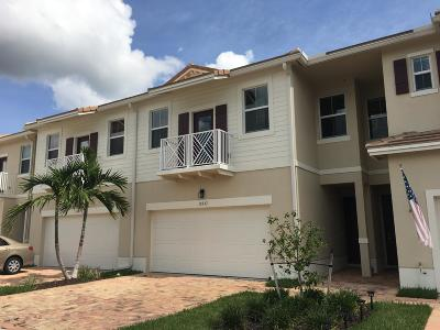 Royal Palm Beach Townhouse For Sale: 11937 Park Central