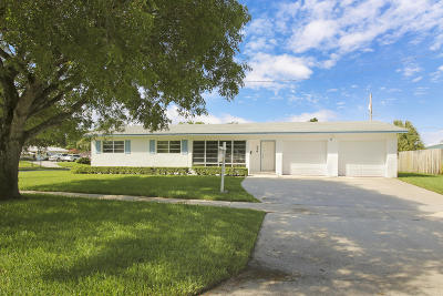 North Palm Beach Single Family Home For Sale: 514 Lighthouse Drive