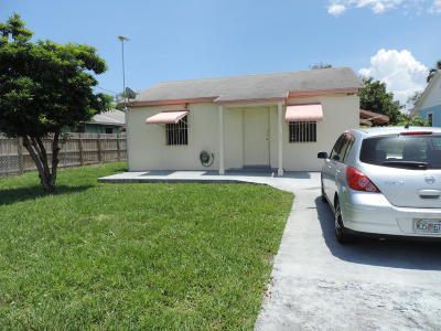 West Palm Beach Single Family Home For Sale: 2606 Kentucky Street