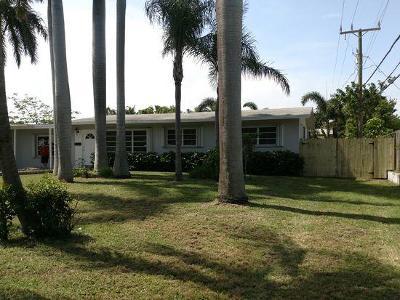 Pompano Beach Single Family Home For Sale: 2661 NE 12th Street