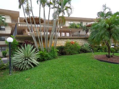 Boca Raton Condo For Sale: 9300 SW 8th Street #201