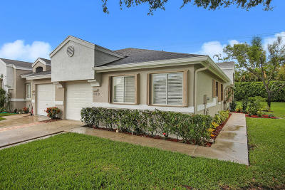 Boca Raton FL Townhouse For Sale: $285,000