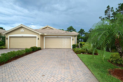 Jensen Beach Single Family Home Contingent: 3352 NW Willow Creek Drive