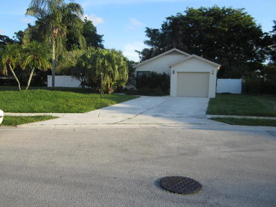 Boca Raton FL Single Family Home For Sale: $329,900