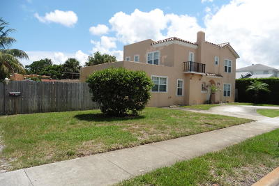 West Palm Beach Single Family Home For Sale: 320 Edgewood Drive