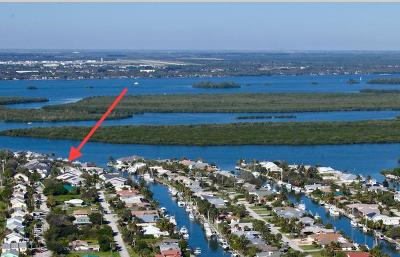 Hutchinson Island Townhouse For Sale: 2516 Harbour Cove Drive