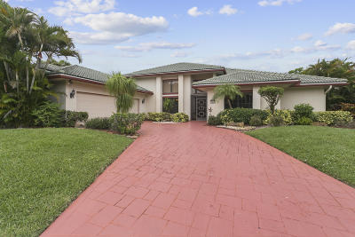 Boca Raton Single Family Home For Sale: 11439 Boca Woods Lane