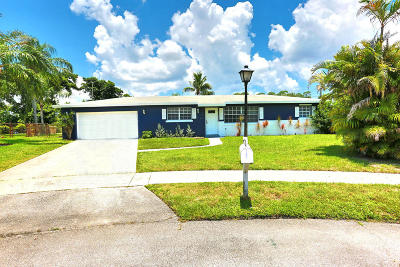West Palm Beach Single Family Home For Sale: 5957 Palm Court