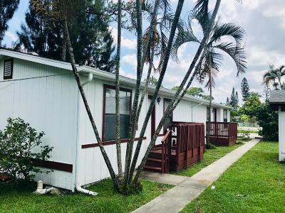 Greenacres FL Multi Family Home For Sale: $700,000