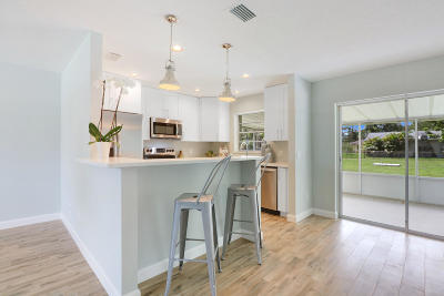 Stuart Single Family Home For Sale: 3056 SE Mimosa Street
