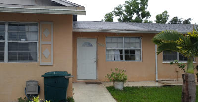 West Palm Beach Single Family Home For Sale: 962 Sumter Road E