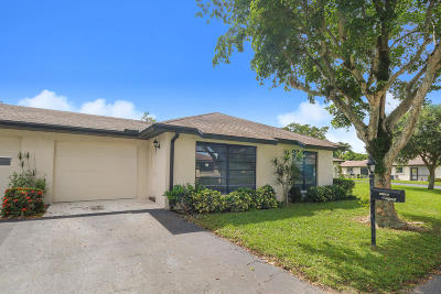 Boynton Beach Single Family Home For Sale: 4776 Greentree Drive #B