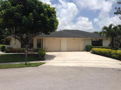 Wellington Multi Family Home For Sale: 834 Peppertree Court