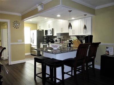 Boynton Beach FL Condo For Sale: $164,900