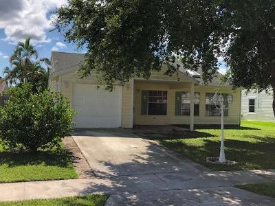 Lake Worth Single Family Home For Sale: 5258 Edgewood Drive