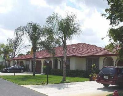 Boynton Beach Single Family Home For Sale: 1472 SW 26th Avenue #C
