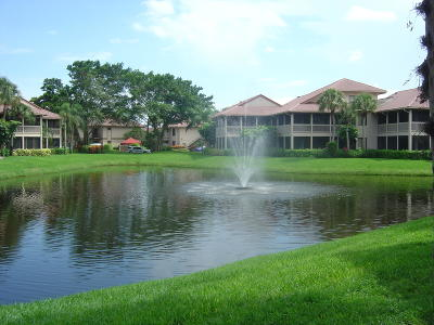 Boca Raton Condo For Sale: 19269 Sabal Lake Drive
