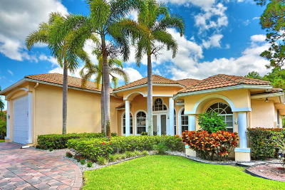 Royal Palm Beach Single Family Home For Sale: 108 Kapok Crescent