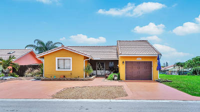 Boynton Beach Single Family Home For Sale: 6364 Country Fair Circle
