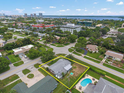 North Palm Beach Single Family Home For Sale: 400 Lighthouse Drive