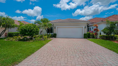 Port Saint Lucie Single Family Home For Sale: 3193 SE Carrick Green Court