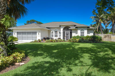 Jensen Beach Single Family Home For Sale: 2827 NE Cold Spring Drive