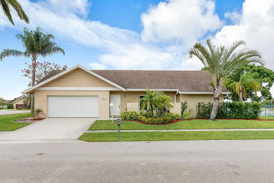 Lake Worth, Lakeworth Single Family Home For Sale: 8275 Blue Cypress Drive