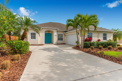 Jensen Beach Single Family Home For Sale: 479 NW Sunflower Place