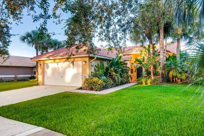 Delray Beach Single Family Home For Sale: 1215 E Lancewood Place