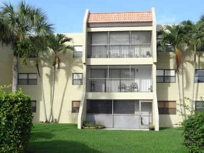 Weston Rental Contingent: 230 Lakeview Drive #206